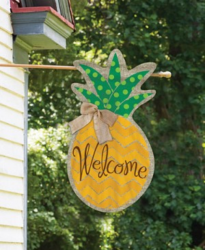 Burlap Polka Dot Pineapple Welcom Flag