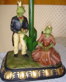 Royal King and Queen Frog Lamp